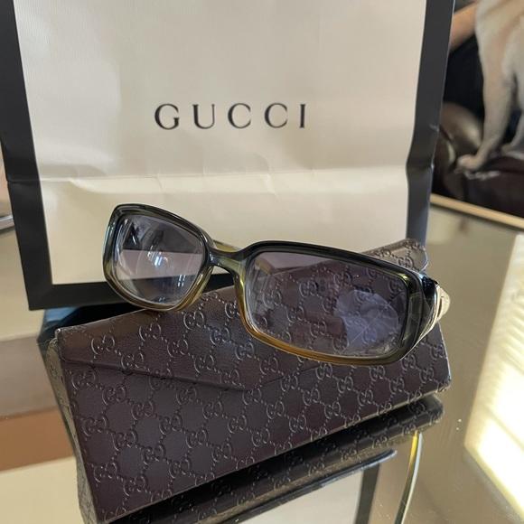 Gucci sunglasses with Gucci box